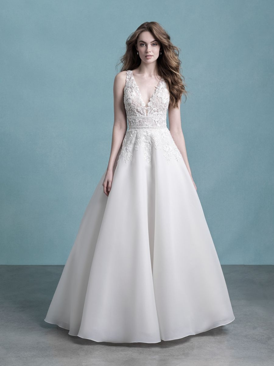 9752 by Allure Bridal