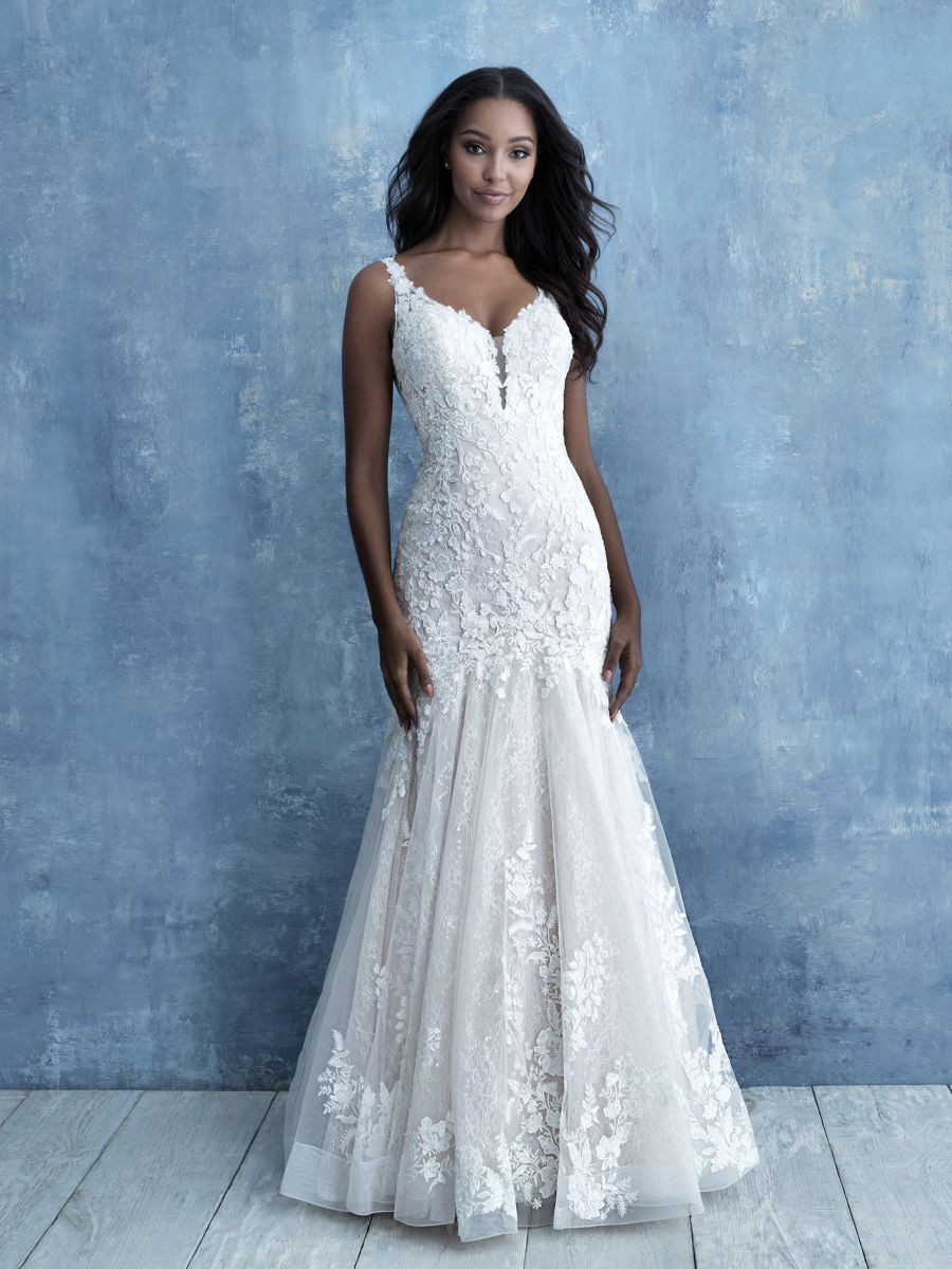 9725 by Allure Bridal