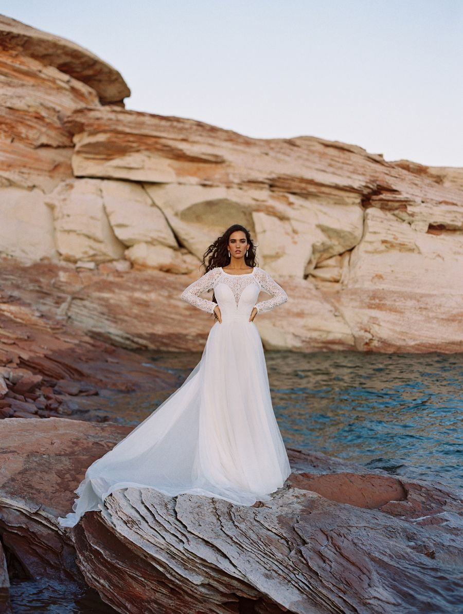 CORA F187 by Wilderly Bride